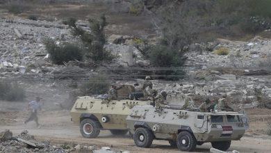 Photo of الجيش المصري يقتل 16 مسلحا ويفجر 3 سيارات دفع رباعي في سيناء