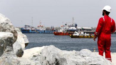 Photo of الولايات المتحدة تفرض عقوبات على عدة شركات إماراتية لنقلها النفط الإيراني