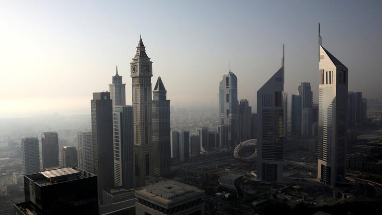 الإمارات تسجل 283 إصابة ووفاة 1 جديدة بفيروس كورونا