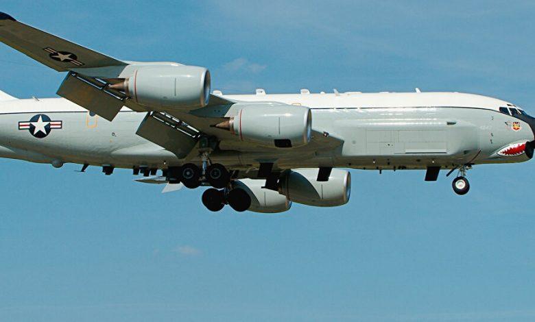 طائرة استخبارات أمريكية تحلق فوق كوريا الشمالية بعد تقارير تفيد بتدهور صحة كيم