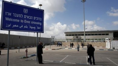 "Photo of إسرائيل تغلق معابر غزة اليوم وغدًا بحجة عيد ""الفصح"""