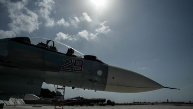 Photo of مقاتلة روسية تعترض طائرة استطلاع أمريكية وتبعدها عن منشآت عسكرية روسية في سوريا