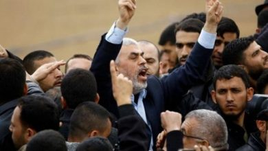 Photo of السنوار يهدد وزير الدفاع الإسرائيلي نفتالي بينت