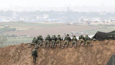Photo of الجيش الإسرائيلي يُنشئ 12 موقعًا عسكرياً على حدود غزة